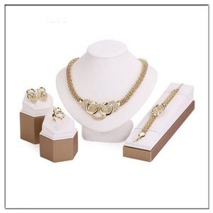 ✨5 Piece Gold tone Jewelry Set